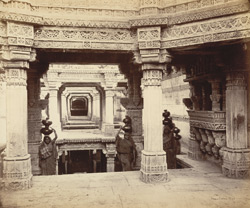 Adalaj - The public well or wav